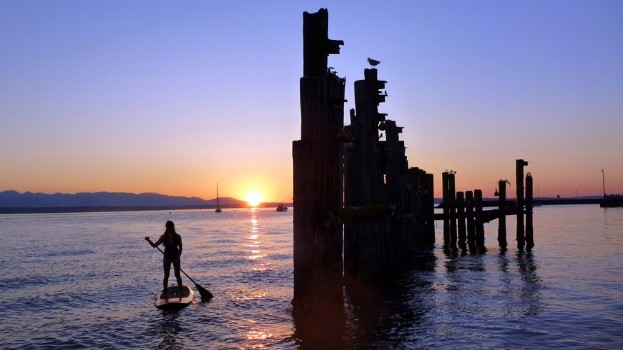 Seattle sunset stand up paddle